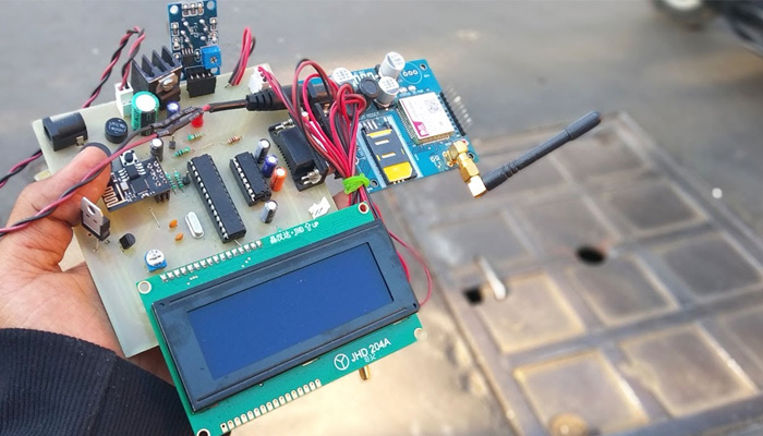 IOT manhole detector and monitor