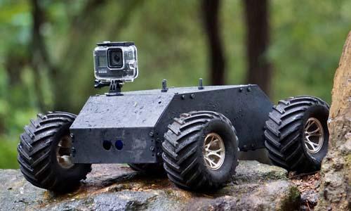 Off Road Adventure Robot